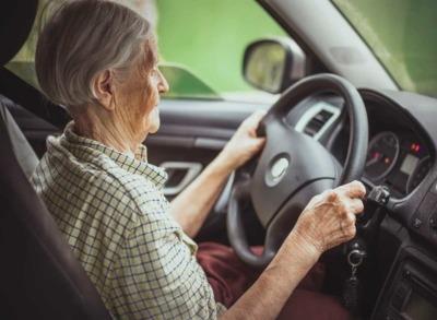 Fahrausweisabgabe: Wann ist der beste Zeitpunkt für Senioren?