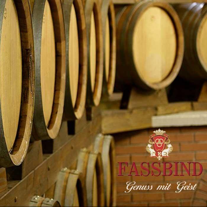 Christines Seniorenbetreuung besucht Distillery S. Fassbind.