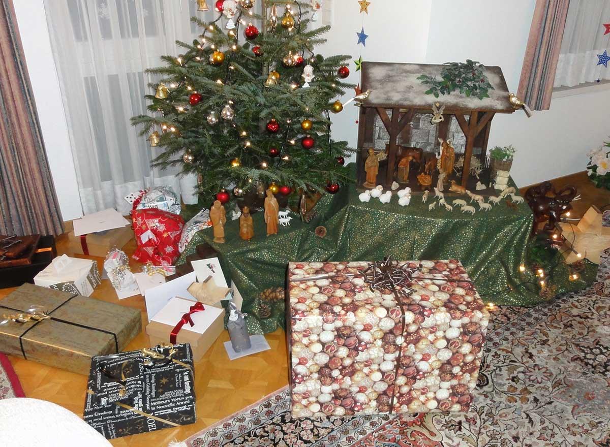 senioren sind w hrend der advents und weihnachtszeit. Black Bedroom Furniture Sets. Home Design Ideas