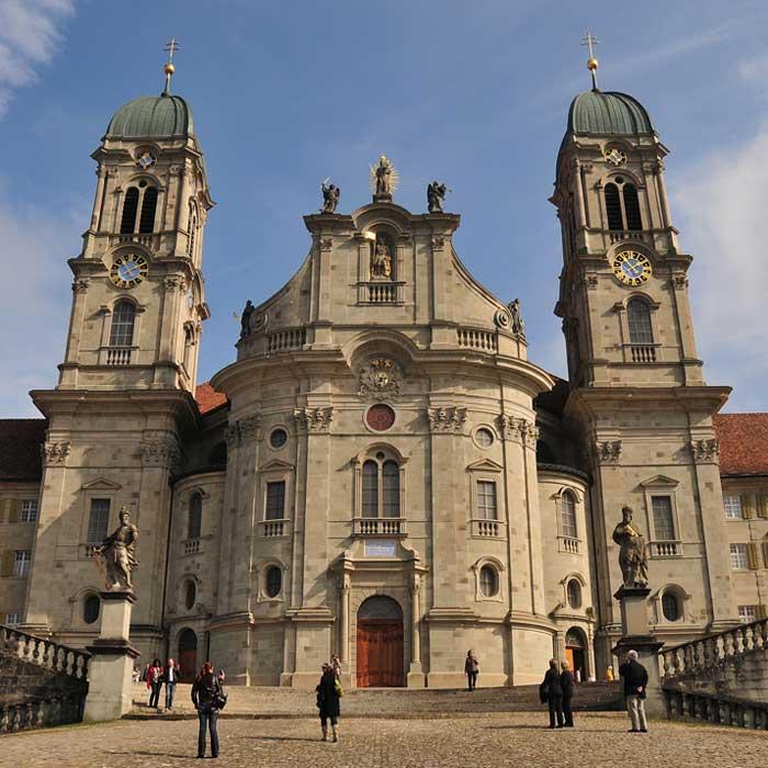 Seniorenausflug in das Kloster Einsiedeln mit Christine Thaddey