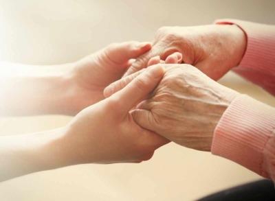 Wie finde ich die richtige Seniorenbetreuung?